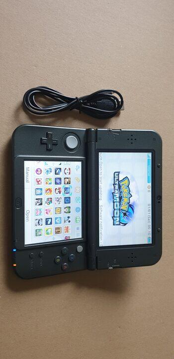 New Nintendo 3DS XL, Black & Silver 32gb atrišta