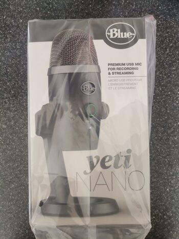 Blue Yeti Nano mikrofonas