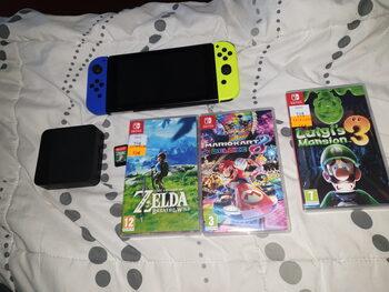 Switch avec plusieurs jeux mais sans chargeur.
