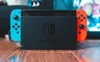 Nintendo Switch, Blue & Red, 32GB
