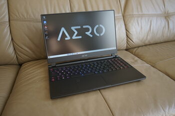 gigabyte Aero 15 YB **RTX 2080 Super**