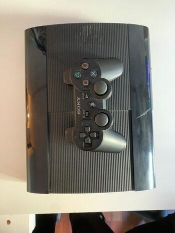 PlayStation 3 Super Slim negra de 500GB,