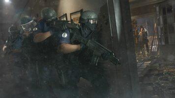 Get Tom Clancy's Rainbow Six Siege Advanced Edition PlayStation 4