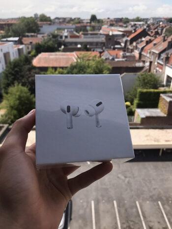 Apple AirPods Neuf