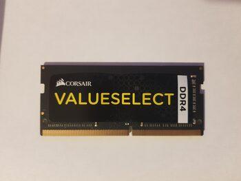 Corsair ValueSelect 8 GB (1 x 8 GB) DDR4-2133 Black / Yellow Laptop RAM