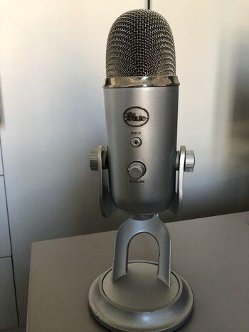 Blue Yeti Microphone USB Professionnel